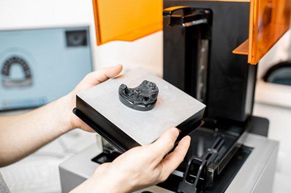 SLA ou Stéréolithographie  impression 3D à Roanne